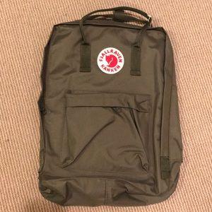 Fjallraven Kanken Army/Forest Green LARGE backpack